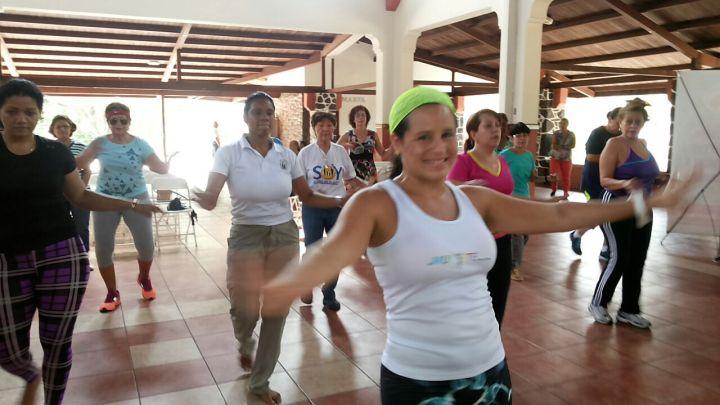 Bailar: los beneficios de una completa y divertida actividadfísica